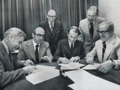 Signing of United Church of Canada and B'nai Brith Agreement, May 4, 1973